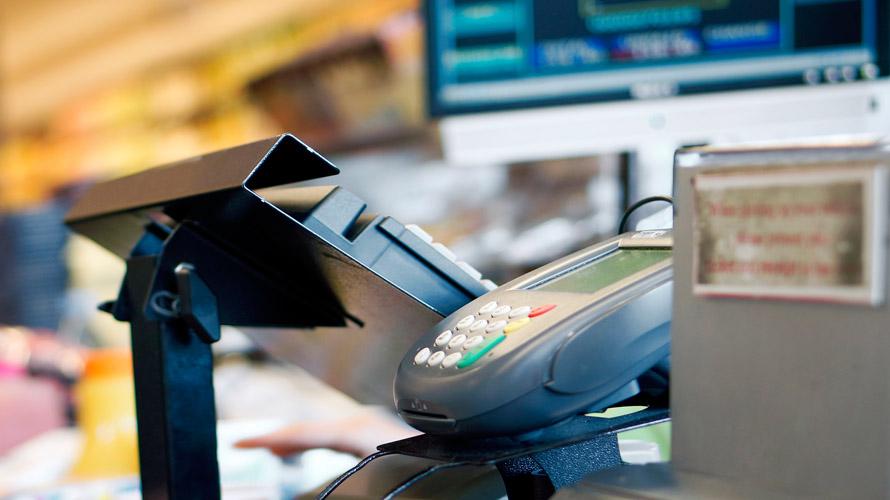 Einzelhandel-bei-Tankstellen-und-Supermärkten